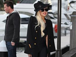 Look total black per Lady Gaga in Australia
