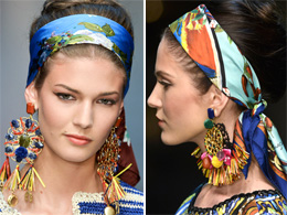 Gli accessori per capelli dell'estate 2013: colorati, esagerati, vistosi