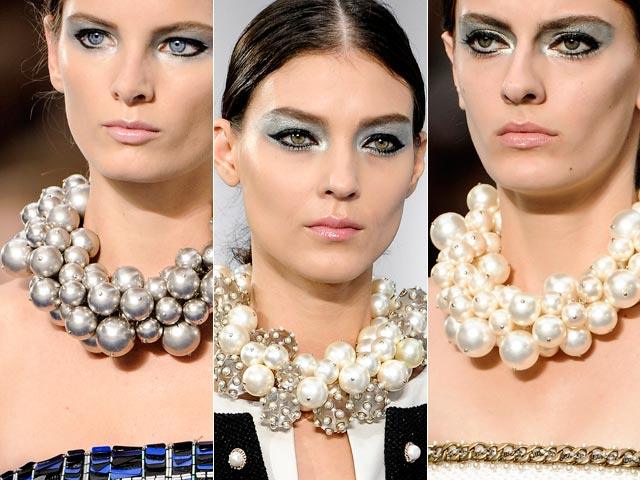 Collier di perle Chanel PE 13